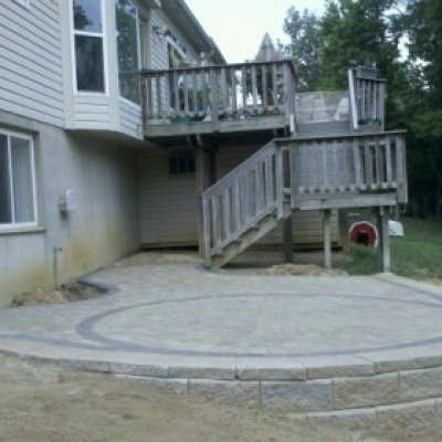 AB wall supporting paver patio