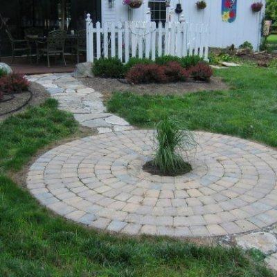 Paver Patio & Stone Walkway