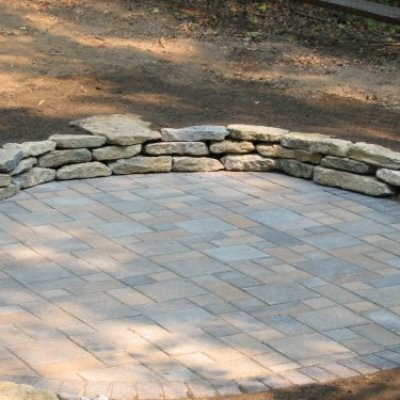 Paver Patio & Retaining Wall
