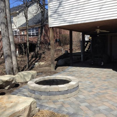 Concourse Pavor Patio Natrual Sandstone Seating Custom Firepit