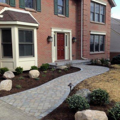 Landscape Design With Pavor Walkway