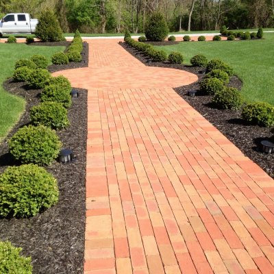 Running Bond Brick Walkway Herringbone Circle